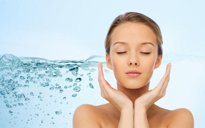 Importance of hydrating skin and how to do it